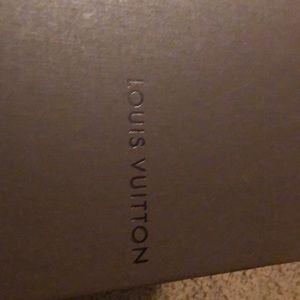 Men Louis Vuitton shoes